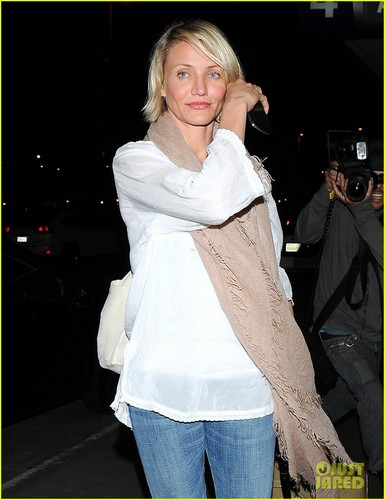 Cameron Diaz LAX Ladies!