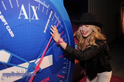 Candice at Armani Exchange and T-Mobile's 3rd annual Neon Carnival. {14/04/12}