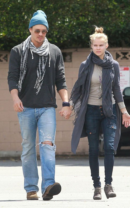 Chad Michael Murray & Kenzie Dalton's Midday Java Run - chad-michael-murray photo