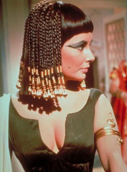 прически в египетском стиле видео