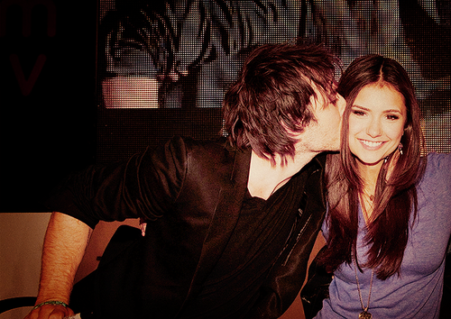 Cute,Beatiful,Hot Delena!<3