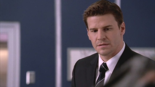 David Boreanaz wallpaper with a business suit titled David / Booth <3