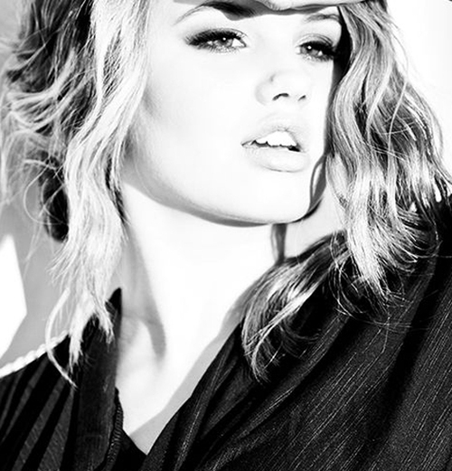 Debby Ryanღ