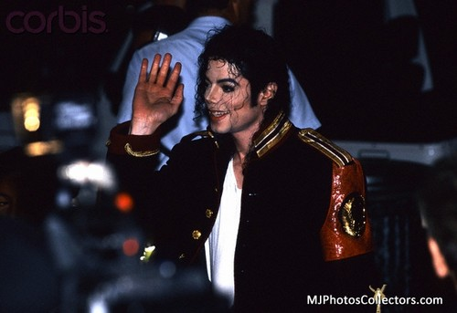 EVERY 秒 FOR ME IS 你 BEAUTIFUL MICHAEL