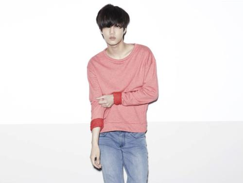 "EXO-K and EXO-M ""MAMA"" album cover 写真"