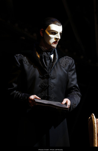 Erik (The Phantom)