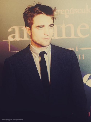 Robert Pattinson images Fan<3 wallpaper and background photos
