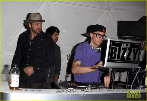 Gerard Butler: Coachella After Party - gerard-butler Photo
