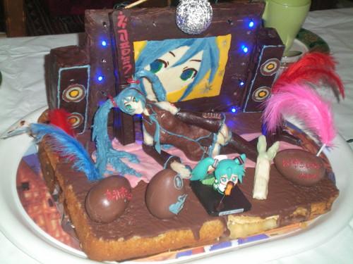 Hatsume Miku Cake (Mona)