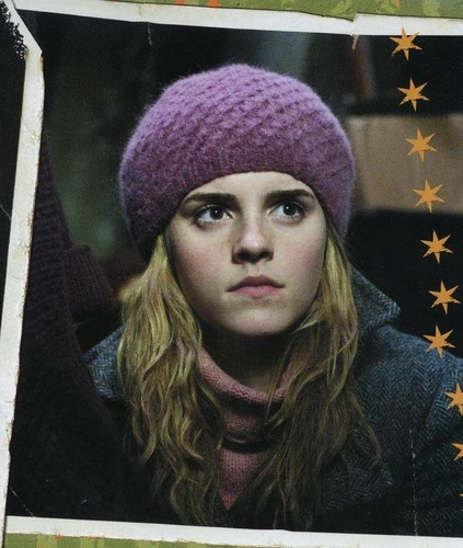 Hermione Granger wallpaper possibly containing a ski cap titled Hermione :)