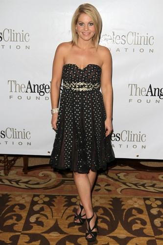 nyumbani For The Holidays to Benefit The Angeles Clinic Foundation 2011