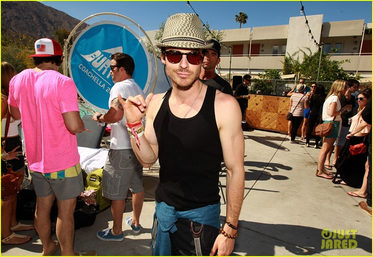 Ian&Nina at Coachella Pool Party - ian-somerhalder-and-nina-dobrev photo