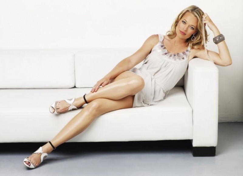 Suggest Jeri ryan sexy pictures