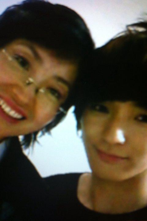 Jong Hun & His Mom