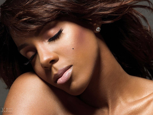Kelly Rowland wallpaper with a portrait and skin titled Kelly