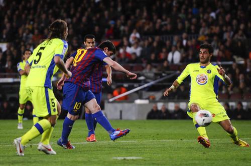 L. Messi (Barcelona - Getafe)