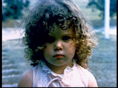 Lauren Graham (Sarah) young