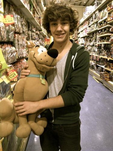 Liam & Scooby Doo