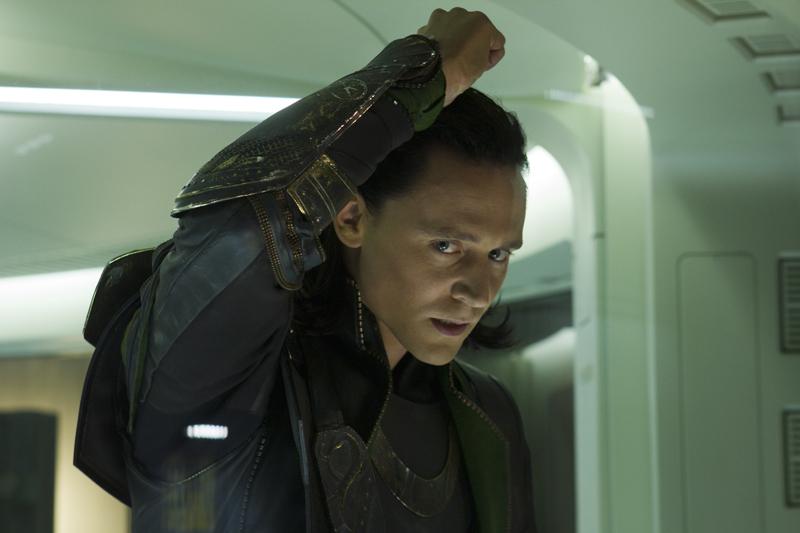 http://images5.fanpop.com/image/photos/30400000/Loki-Avengers-loki-thor-2011-30471055-800-533.jpg