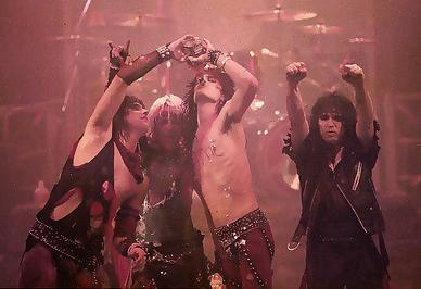 Mötley Crüe ಞ