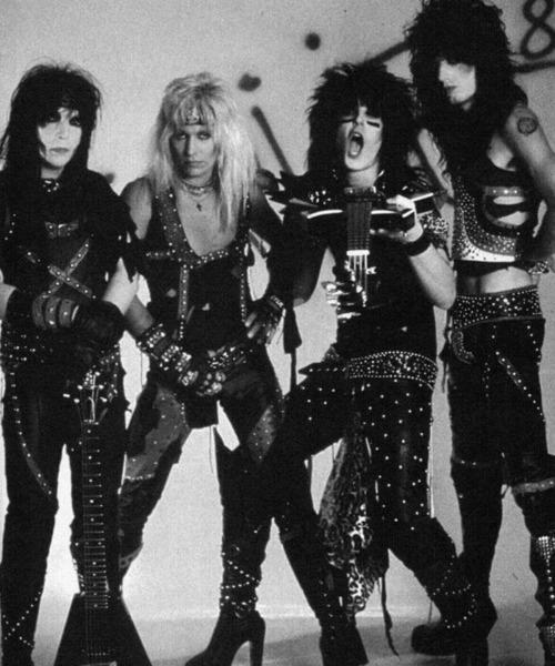 Mötley Crüe - Theatre Of Rosemont