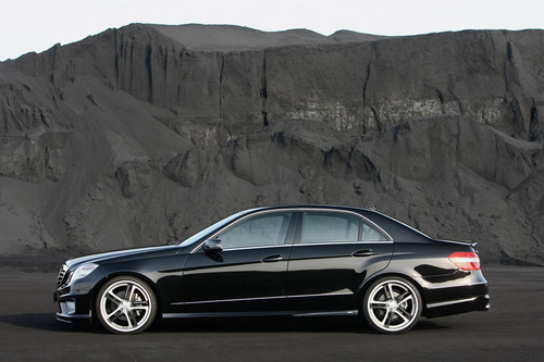 Mercedes-Benz wallpaper with a sedan entitled MERCEDES - BENZ E-CK63 RS BY CARLSSON