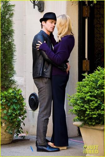 Matt Bomer & Laura Vandervoort KISS for 'White Collar'!