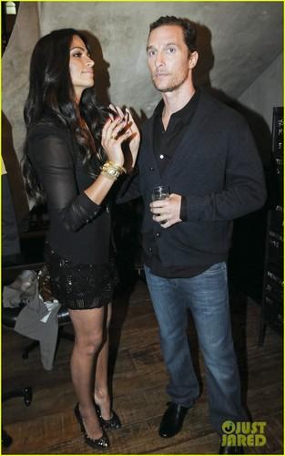 Matthew McConaughey & Camila Alves: Noir, Le Lis Opening!