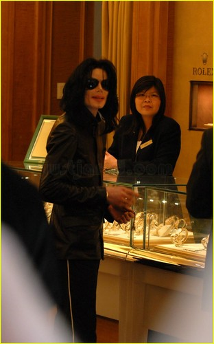 Michael ShoPPing