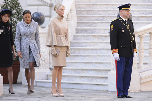 Monaco National Day 2011 - Balcony Parade - princess-caroline-and-stephanie Photo