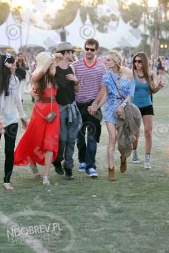 più Nina and Ian at Coachella!