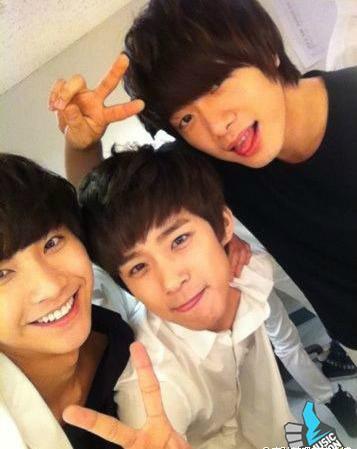 موسیقی on سب, سب سے اوپر Seung Hyun, Jae Jin, Minhwan