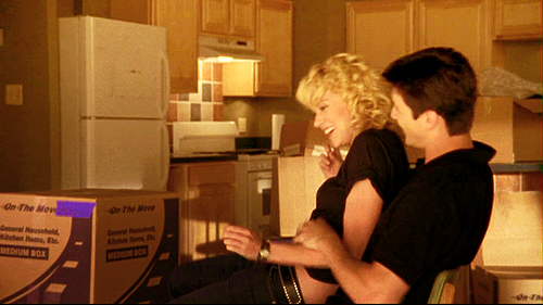 Nathan Scott 壁纸 with a packing box titled Nathan♡