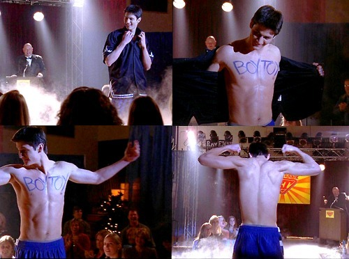 Nathan Scott 壁纸 containing a 喷泉 called Nathan♡