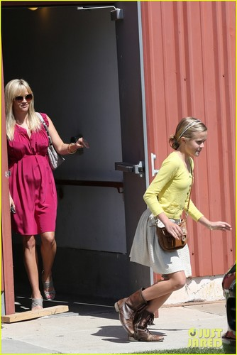 Reese Witherspoon: Easter Church Services With the Kids