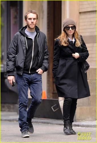 Rooney Mara & Charles McDowell: Soho প্রেমী