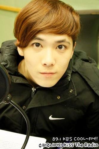 SUKIRA RADIO Hong Ki