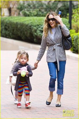 Sarah Jessica Parker & Twins: School Run - sarah-jessica-parker Photo