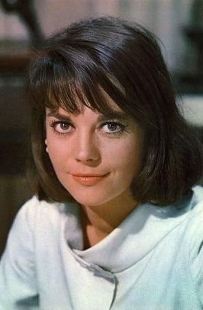 natalie wood wallpaper containing a portrait titled Sex and The Single Girl comprar gif