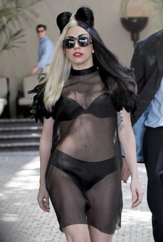 Sexy Lady Gaga :)