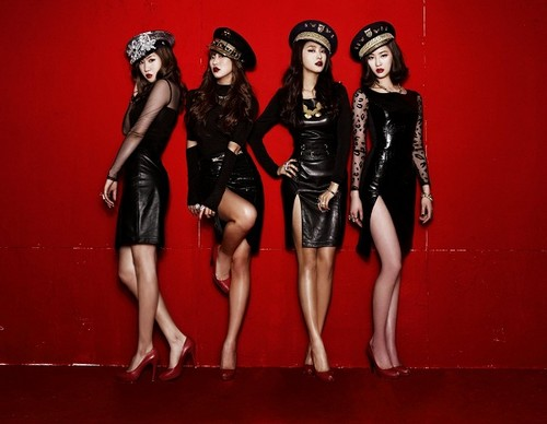 "SISTAR (씨스타) wallpaper entitled Sistar ""Alone"" album jaqueta fotografias"