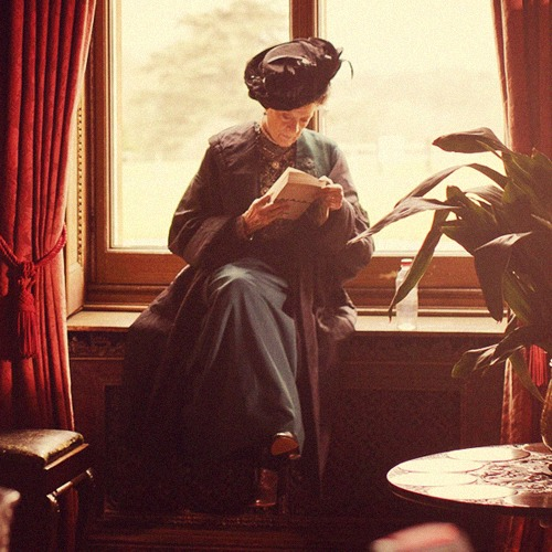 The Dowager Countess behind the scenes