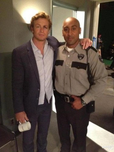 The Mentalist - Episode 4.24 - The Crimson Hat (Season Finale) - BTS تصویر