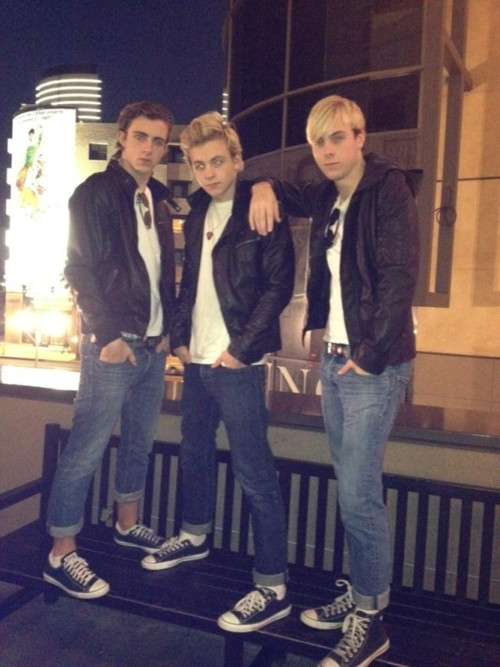 Three hot R5 brothers.