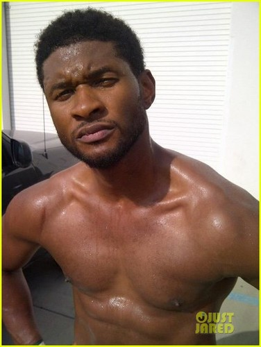 Usher Tweets Buff Shirtless Pics, Not Dead - usher Photo