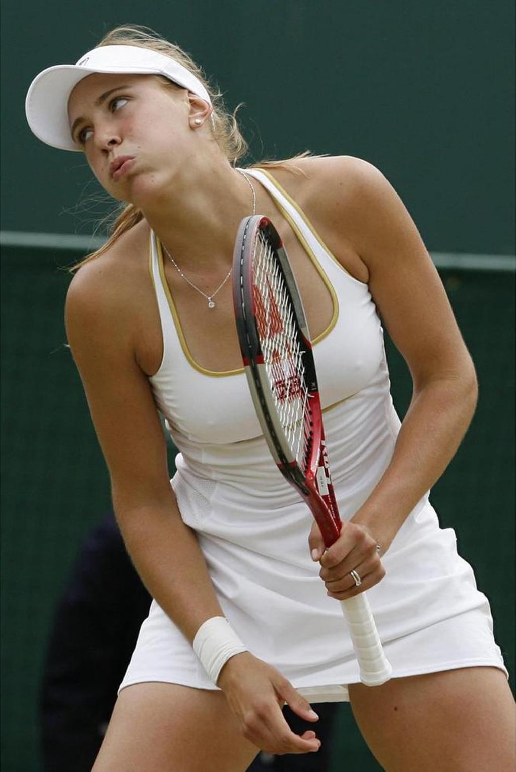 Tennis images Vaidisova touches in crotch HD wallpaper and background ...