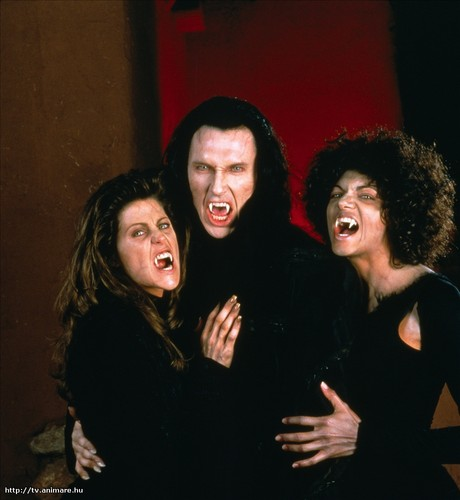 Valek and female vampiros