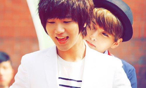 super junior fondo de pantalla titled Yewook<3