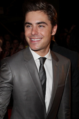 Zac Efron - The Lucky One Premiera