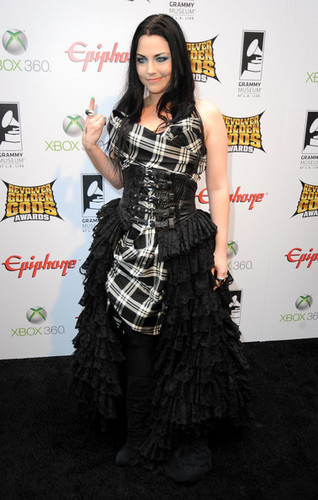 amy in golden gods awards